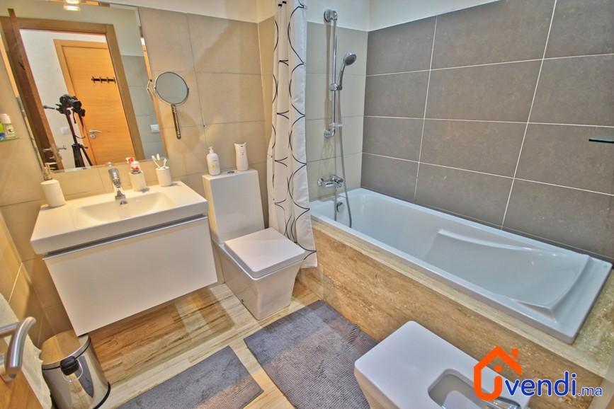 vendu appartement de standing dar bouazza 1er site immobilier entre. Black Bedroom Furniture Sets. Home Design Ideas