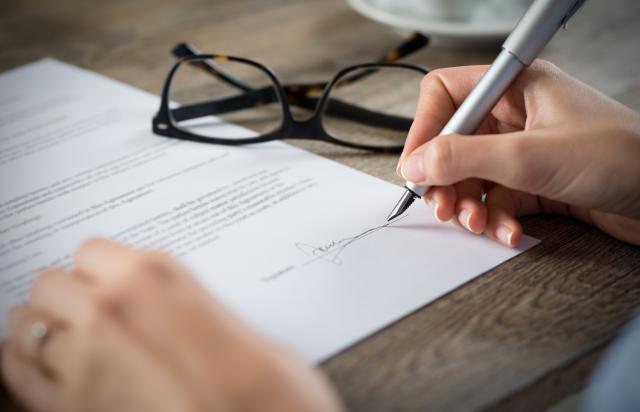 Signer L Acte De Vente Definitif Ivendi Ma 1er Site Immobilier